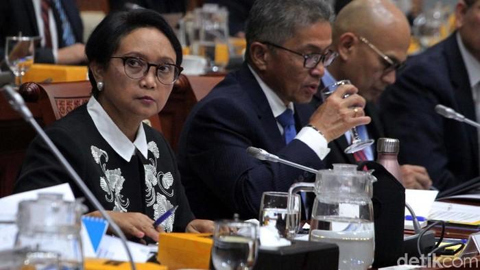 Komisi I DPR menggelar rapat kerja dengan Menteri Luar Negeri Retno LP Marsudi