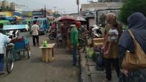 Camat Bakal Pertahankan PKL Pasar Citeureup Meski Bikin Semrawut