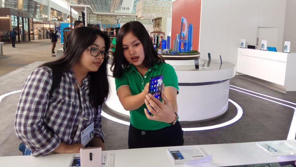 Sambil Nunggu di Terminal 3 Bisa Jajal Smartphone OPPO