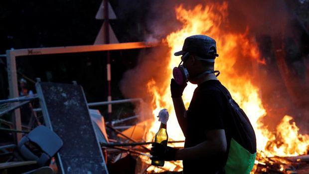 Merrill Lynch: Campur Tangan China di Hong Kong Menguat!