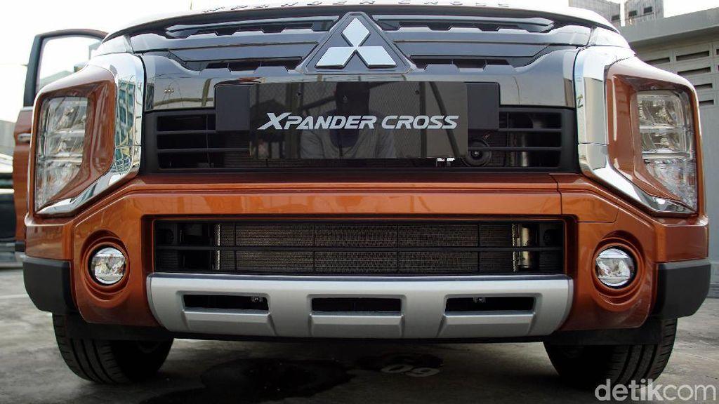 Kesan Pertama Berjumpa Xpander Versi SUV Pesaing Rush Cs