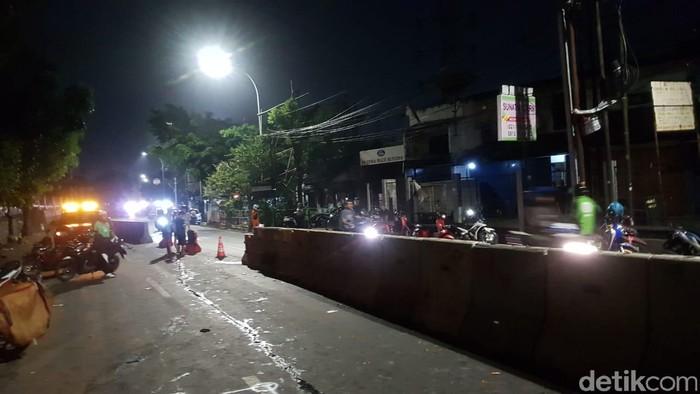 Lalu lintas lokasi mobil diamuk massa di Poltangan, Pasar Minggu. (Indra Komara/detikcom)