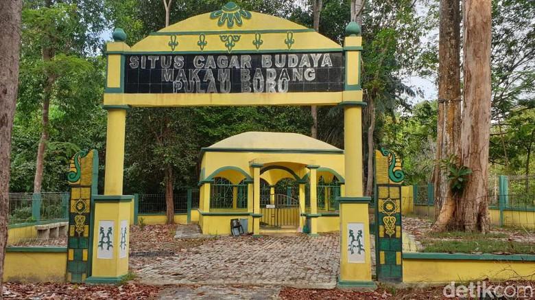 Makam pahlawan Melayu, Badang di Pulau Buru, Karimun (Foto: Ahmad Masaul Khoiri/detikcom)