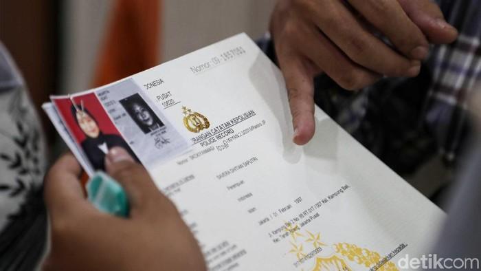 Dibukanya pendaftaran Calon Pegawai Negeri Sipil (CPNS) 11 November kemarin, membuat permohonan pembuatan SKCK meningkat.