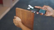 Bea Cukai Buat Alat Pemeriksa Kayu Otomatis Berbasis Android