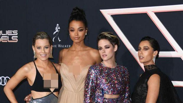 LOS ANGELES, CALIFORNIA - NOVEMBER 11:  Kristen Stewart, Naomi Scott and Ella Balinska attend the premiere of Columbia Pictures'