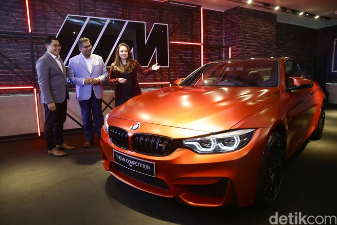 Hanya 2 Unit, Begini Penampakan BMW M4 Competition