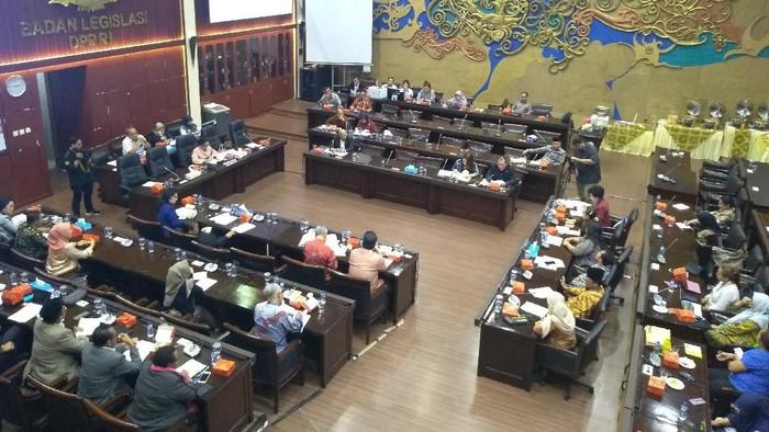Rapat di Baleg DPR (Nur Azizah/detikcom)