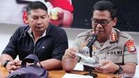 Timbangan juga diamankan dari jaringan pengedar sabu Bekasi-Jakarta tersebut.