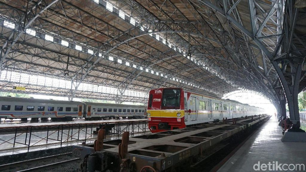 Ini Stasiun Kereta Paling Ujung di Utara Jakarta