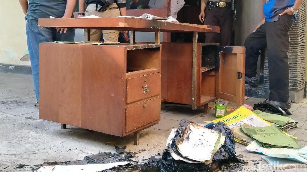 Ditemukan Ban Motor Bekas di Lokasi Kebakaran Arsip Korpri Klaten