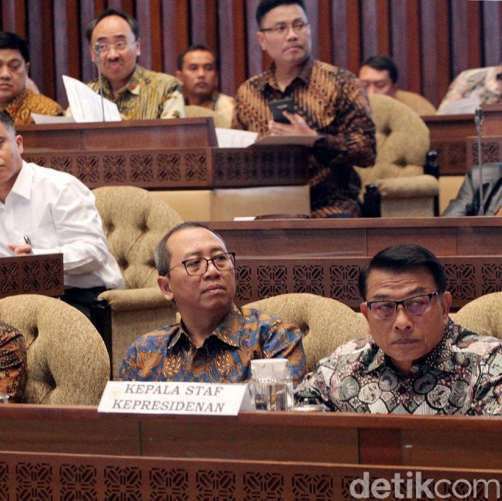 Pratikno hingga Moeldoko Hadiri Rapat Perdana Bareng DPR