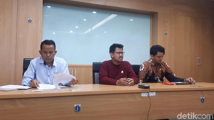 Fraksi PSI DPRD DKI Jakarta menggelar konferensi pers. (Dwi Andayani/detikcom)
