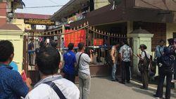 Olah TKP Bom Bunuh Diri Usai, Polrestabes Medan Kembali Buka Layanan SKCK