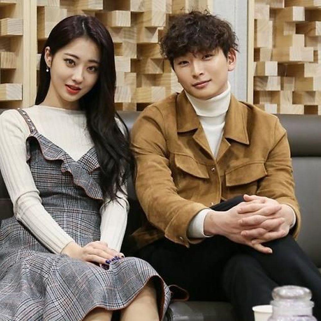 Jinwoon 2AM dan Kyung Li Nine Muses Sudah 2 Tahun Pacaran