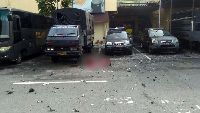 Foto-foto Usai Bom Bunuh Diri di Polrestabes Medan (Foto: Istimewa)