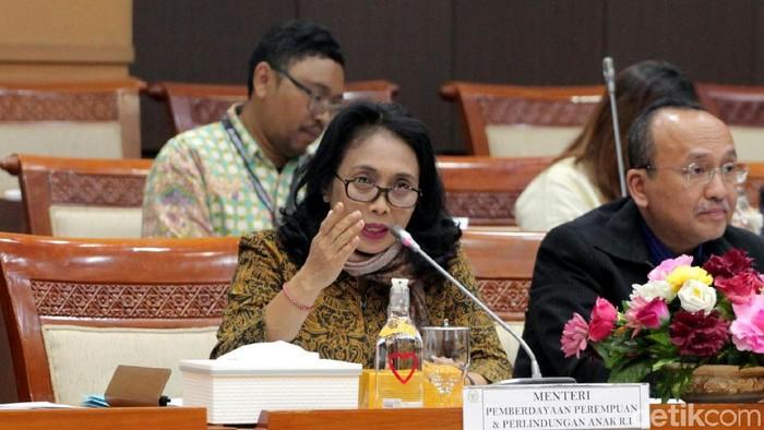 Menteri PPPA I Gusti Ayu Bintang membahas lima program prioritasnya bersama Komisi VIII DPR. Salah satu dibahas dalam raker itu adalah kelanjutan RUU P-KS.