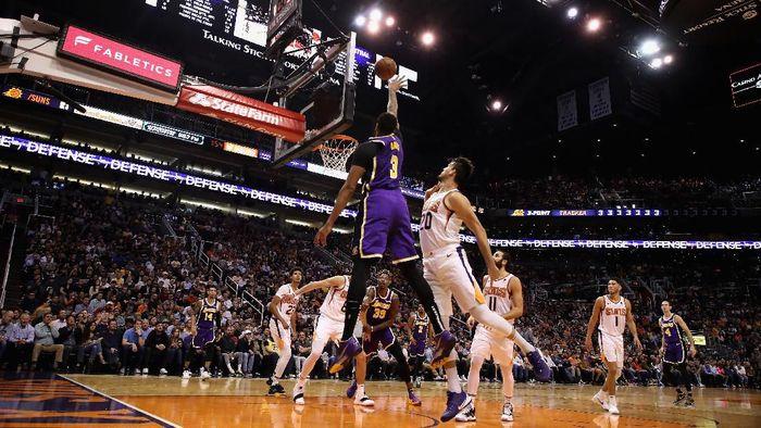 LA Lakers kembali menang setelah mengalahkan Phoenix Suns di lanjutan NBA. (Foto: Christian Petersen / Getty Images)