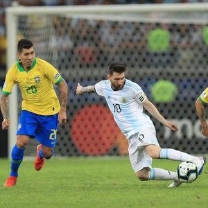 Jangan Beri Messi Ruang Gerak, Brasil