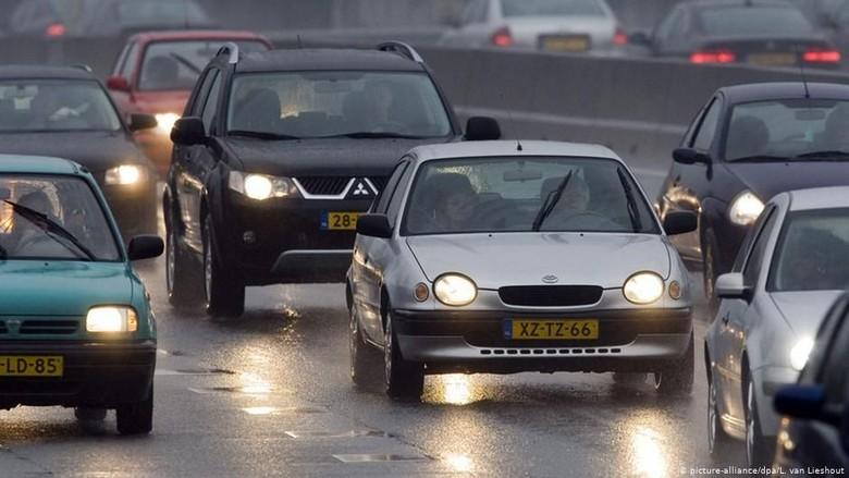 Belanda Akan Kurangi Batas Kecepatan Kendaraan untuk Kurangi Emisi