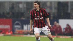 Umumkan Pensiun, Montolivo Salahkan Milan