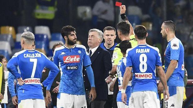 Napoli tengah berada dalam periode buruk.