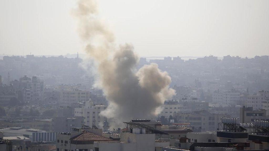 Pesawat Israel Gempur Posisi Hamas di Gaza Usai Diserang Roket