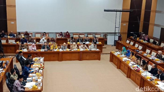 Raker Komisi VIII DPR dan Kemen PPPA (Eva Savitri/detikcom)