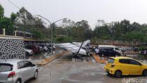 Hujan Es dan Angin Kencang di Serang, Pohon-Tower Bertumbangan