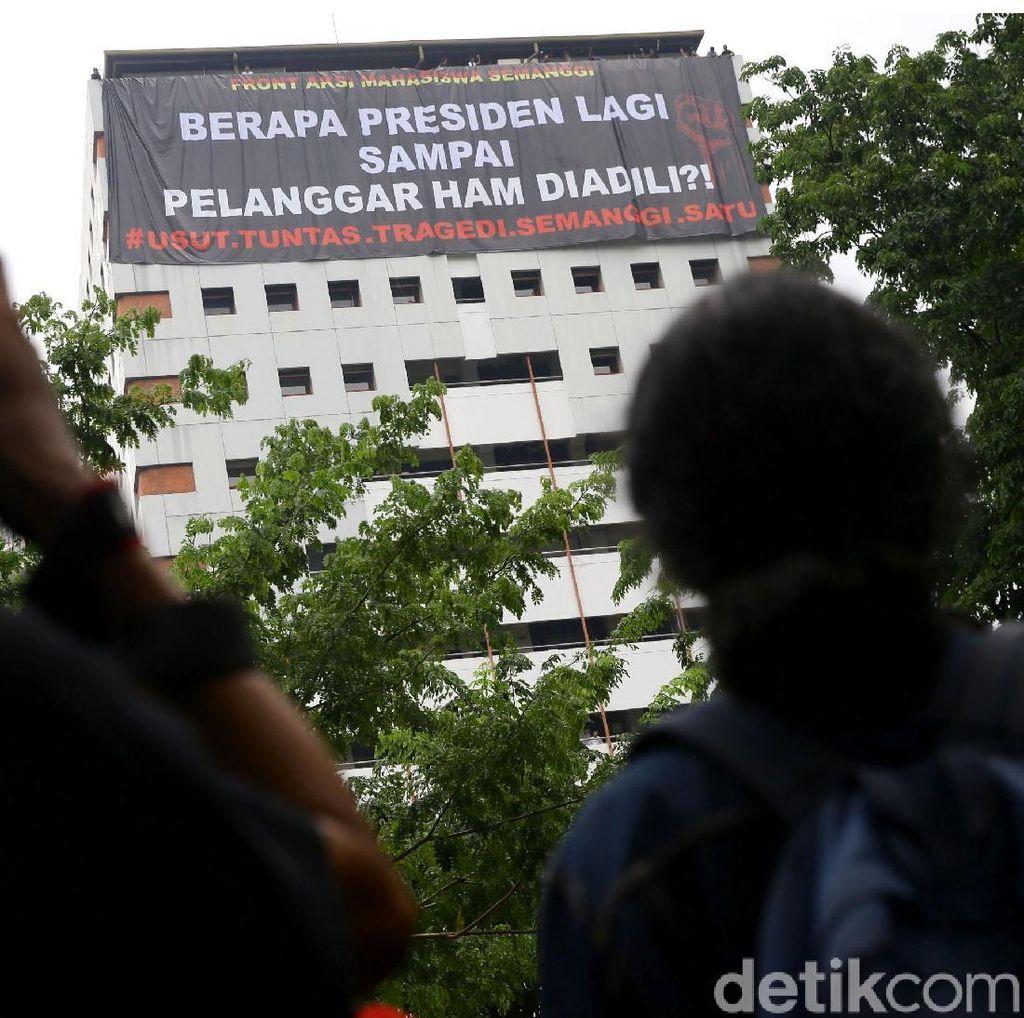 Mahasiswa Tuntut Tragedi Semanggi I Diusut Tuntas: Berapa Presiden Lagi?