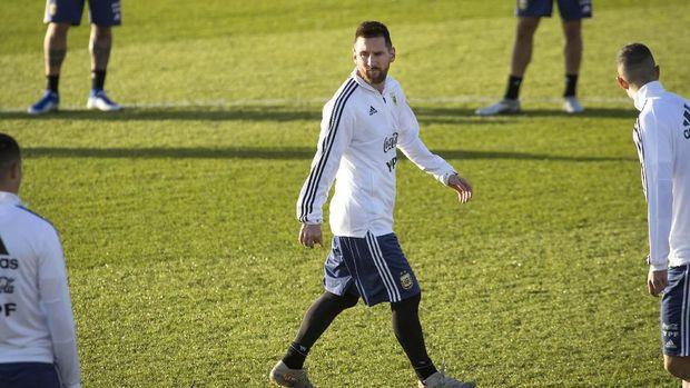Lionel Messi dijadwalkan tampil pada laga persahabatan timnas Argentina vs Uruguay. (