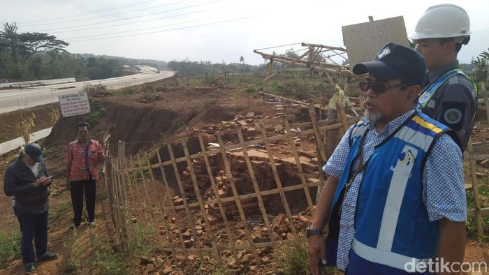 Situs Sekaran di Tol Pandaan-Malang (Foto: Muhammad Aminudin)