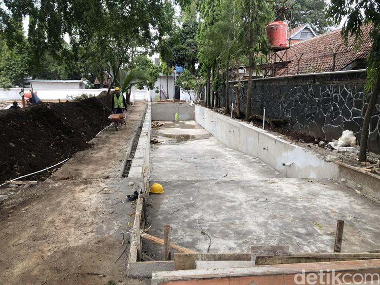 Kolam Renang Rumah Dinas Ridwan Kamil Telan Biaya Rp 1,5 M