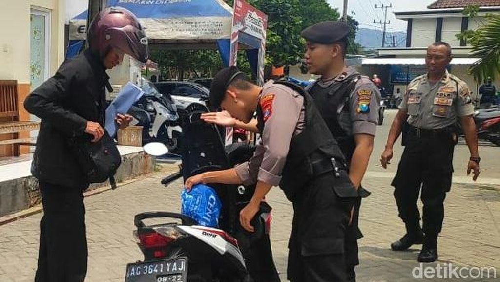 Polres Trenggalek Perketat Keamanan Usai Insiden Bom Medan