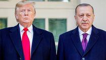 Di Tengah Upaya Pemakzulan, Trump Bertemu Erdogan