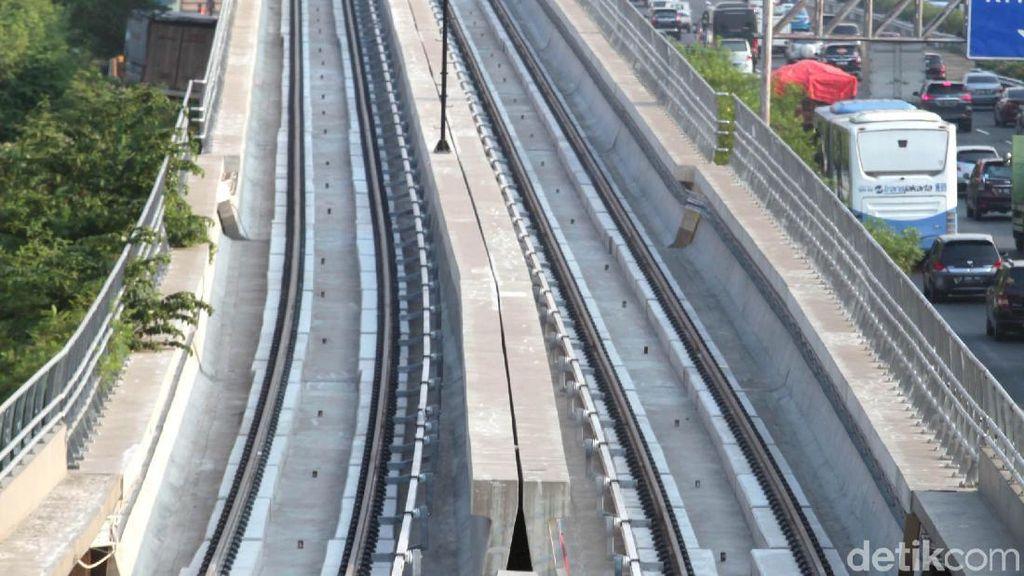 Jajal Tikungan dan Tanjakan, LRT Jabodebek Diuji Coba ke Cililitan