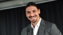 Zlatan Ibrahimovic Isyaratkan Kembali Merumput ke Italia