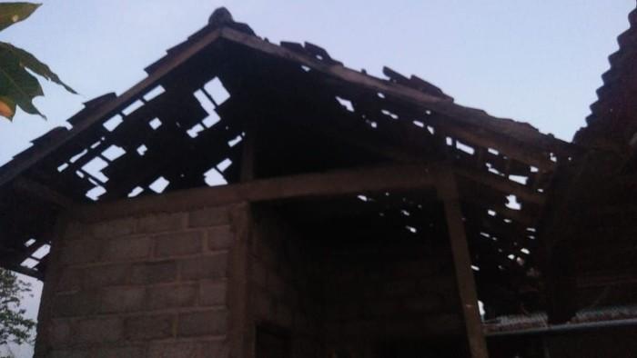 Rumah rusak dampak gempa M 5 di Bali. (Dok BPBD Buleleng)
