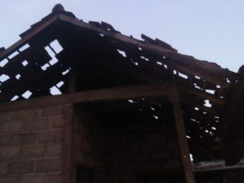Rumah Rusak di Buleleng Akibat Gempa Bali