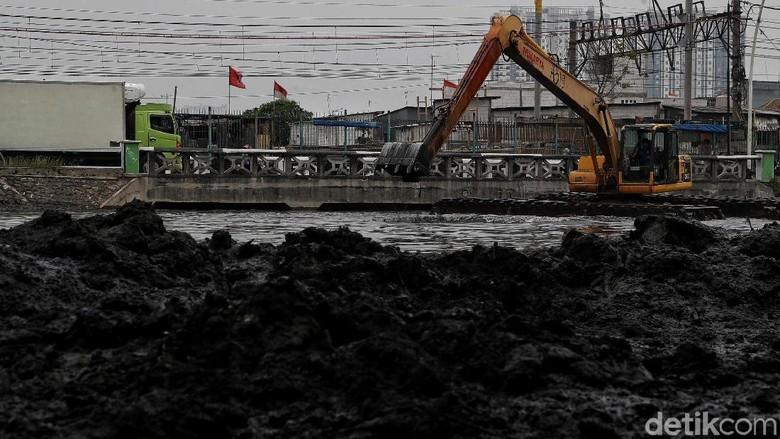 Dinas Tata Air Kebut Normalisasi Kali Ancol