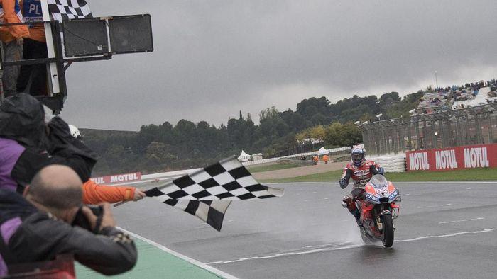 Andrea Dovizioso hadapi tantangan menang lagi di MotoGP Valencia, yang selama ini menyulitkan dia. (Foto: Mirco Lazzari gp / Getty Images)