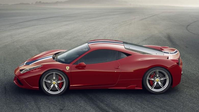 Ilustrasi Ferrari 458 Speciale Foto: Pool (evo.co.uk)