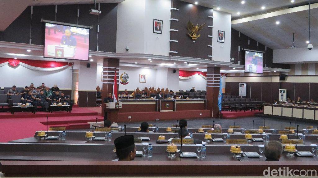 Gubernur Sulsel Usul Rp 500 M untuk Kabupaten, DPRD Tanya Bantuan Desa