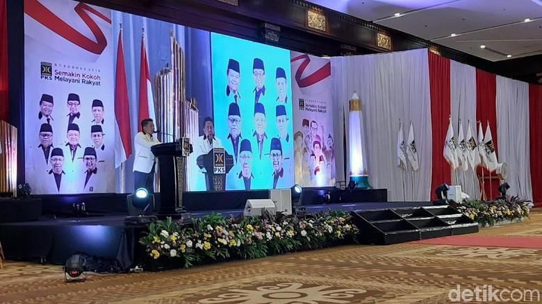 Bicara Rekonsiliasi Prabowo-Jokowi, Sohibul Singgung Koalisi Diam-diaman