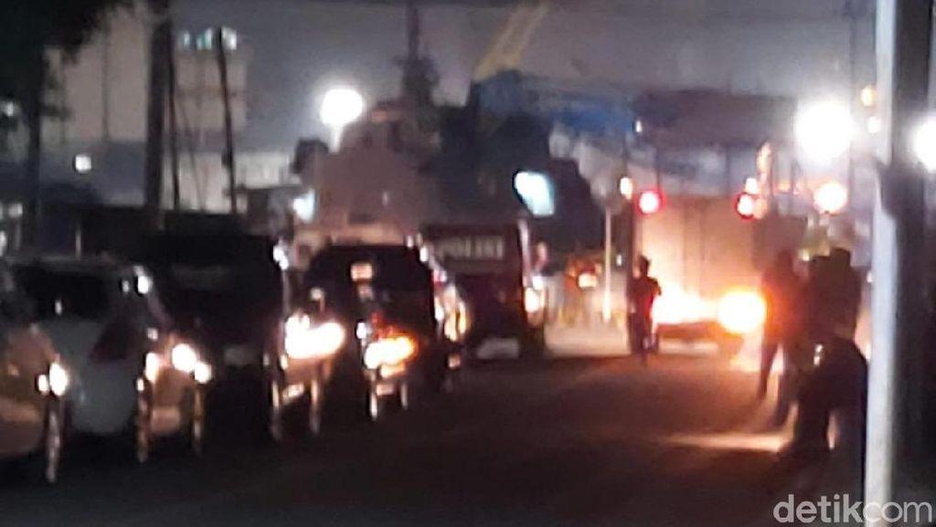 Kapal Patroli Polisi Terbakar di Pelabuhan Semarang