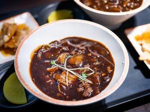 Gochujang hingga Chunjang, 5 Bumbu Wajib Masakan Korea