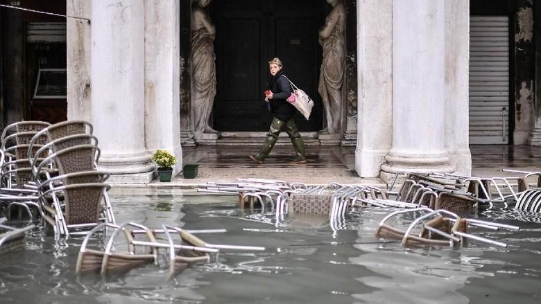 Venesia yang kembali dilanda banjir (Marco Bertorello/AFP)