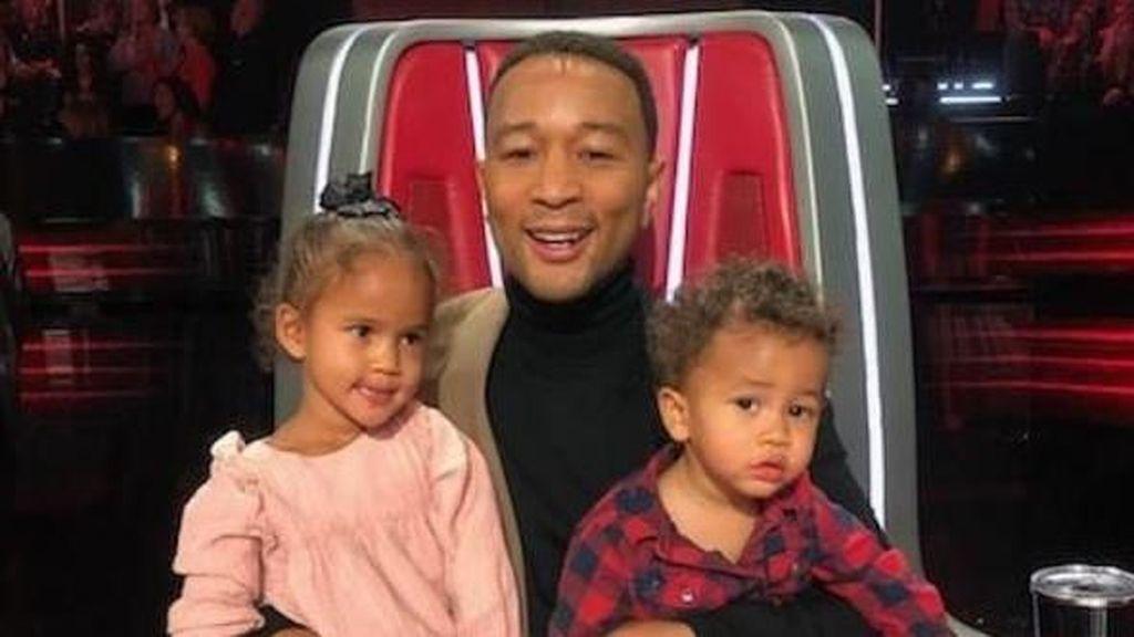 John Legend Sewa Rumah Dekat Pantai, Isolasi Diri Hindari Virus Corona
