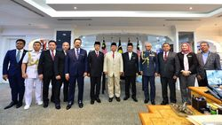 Bertemu Menhan Malaysia, Prabowo Akan Kirim Taruna untuk Belajar