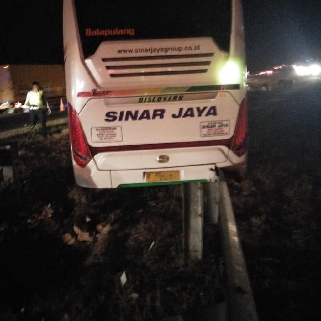 Kronologi Tabrakan 2 Bus di Tol Cipali yang Tewaskan 7 Orang